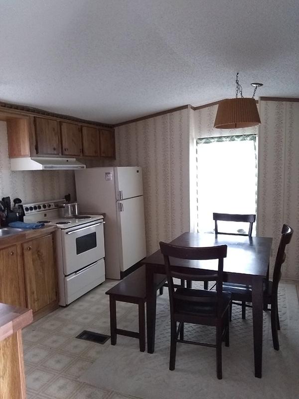 a kitchen at lake point motel